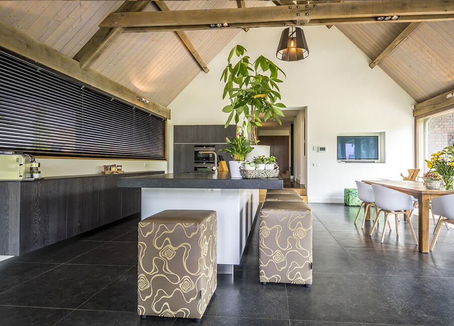 Eikenhouten dakconstructie Keuken inspiratie 2 Houthandel Looijmans