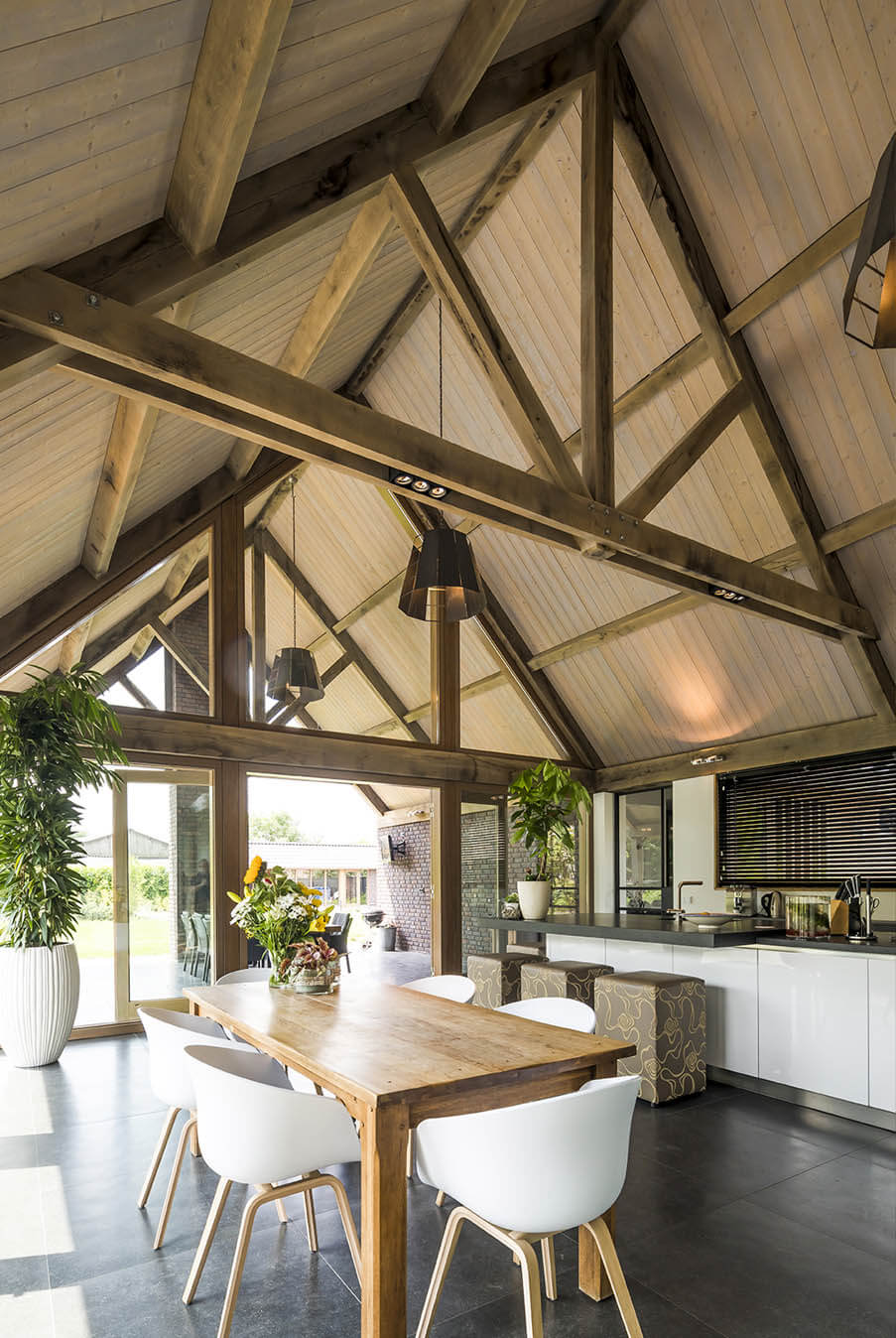 Eikenhouten dakconstructie Keuken inspiratie 3 Houthandel Looijmans