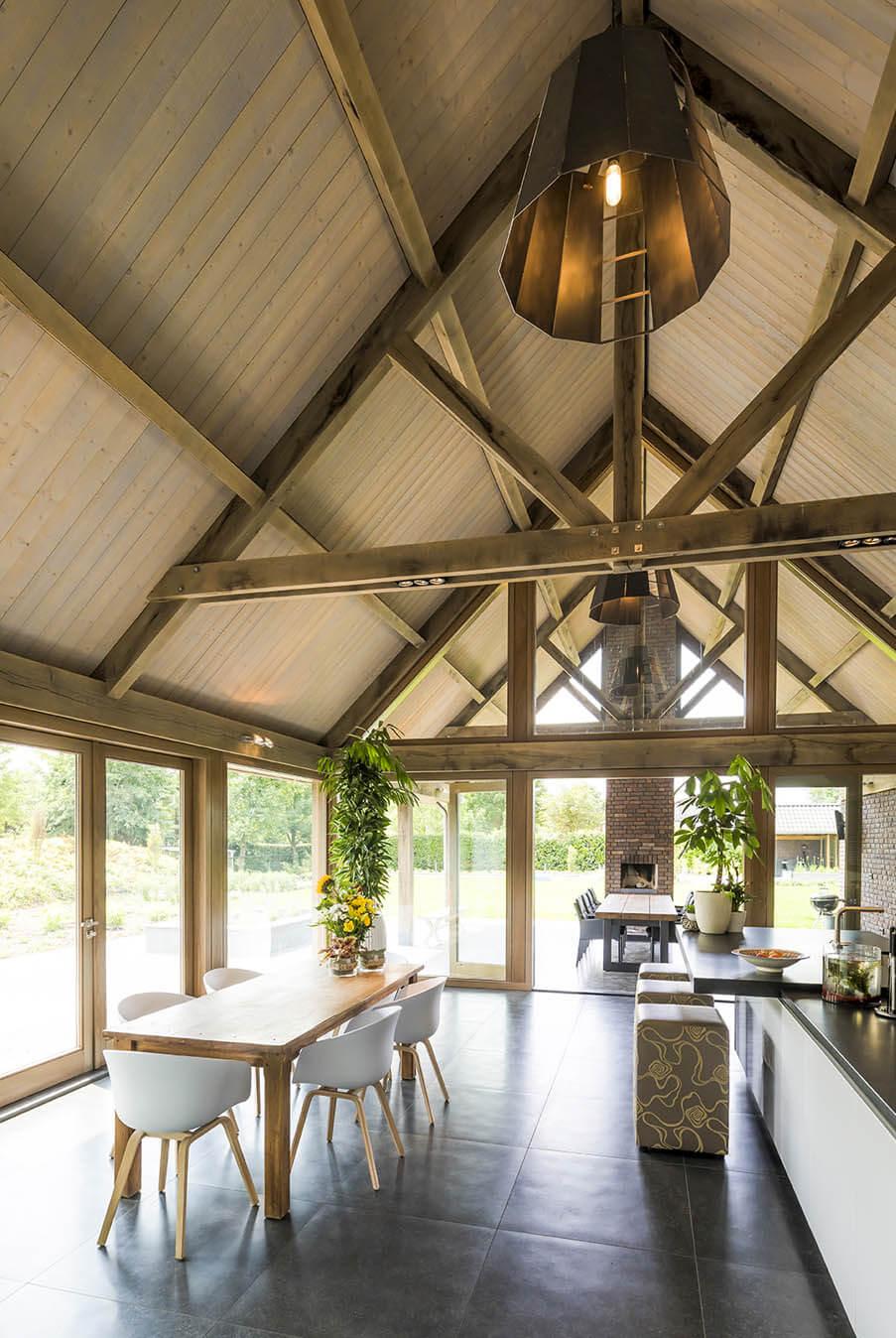Eikenhouten dakconstructie Keuken inspiratie 4 Houthandel Looijmans